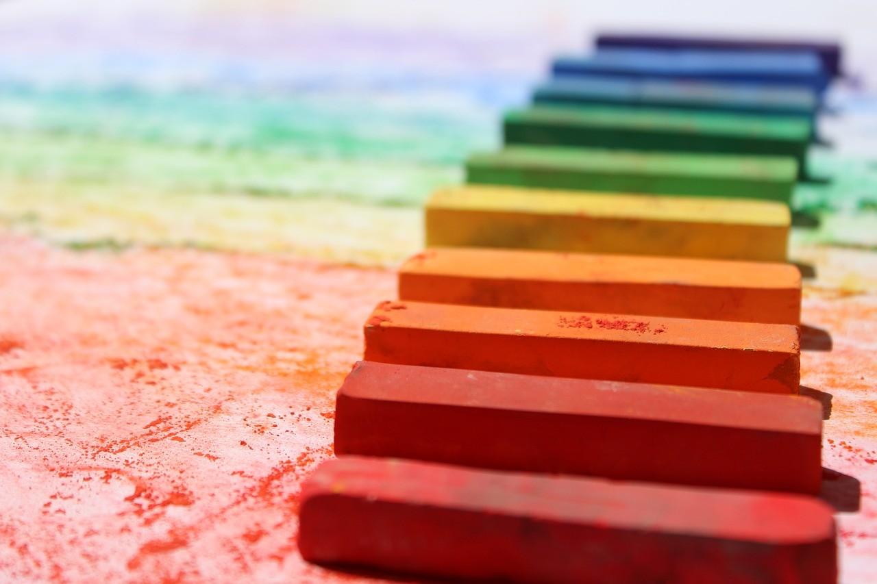 crayon-2162075_1280